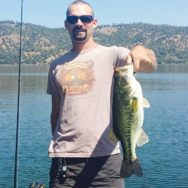 Largemouth bass clear lake ca fishingscout for Clear lake ca fishing