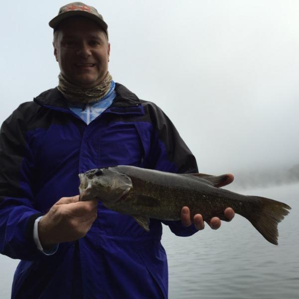 Smallmouth bass center hill lake tn fishingscout for Center hill lake fishing report