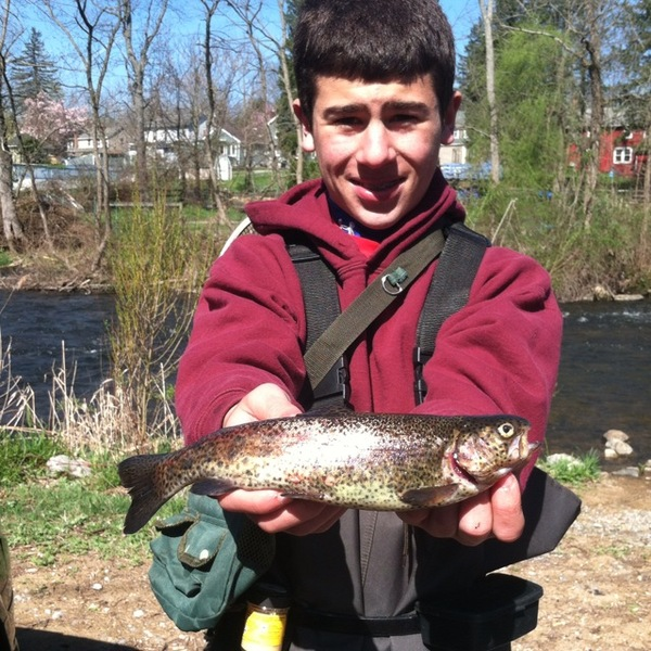 Rainbow trout musconetcong river nj fishingscout for Fishing report nj