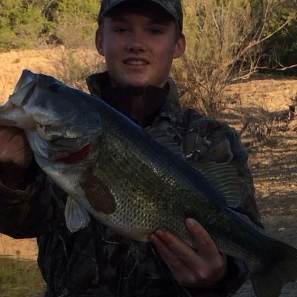 benbrook lake fishing reports fishingscout mobile app